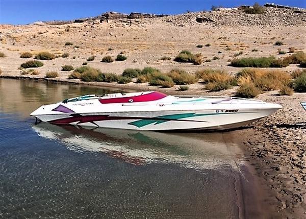 Eliminator Boats EAGLE XP 25