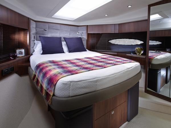 Princess Flybridge 64 Motor Yacht Forward Cabin