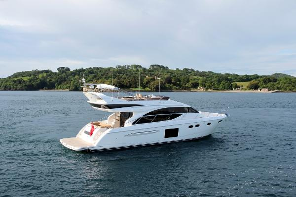 Princess Flybridge 60 Motor Yacht Stern