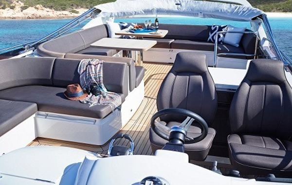 Princess Flybridge 60 Motor Yacht Flybridge