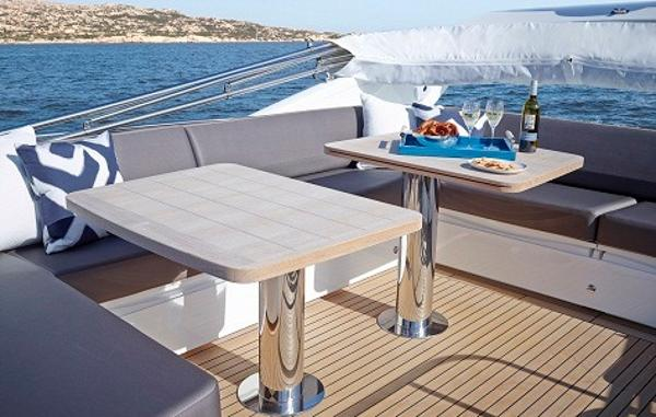 Princess Flybridge 60 Motor Yacht Flybridge Seating
