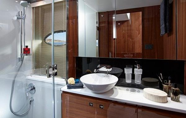 Princess Flybridge 60 Motor Yacht Master Bathroom