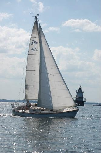 Cape Dory Intrepid 9 Meter