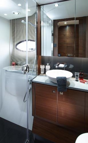 Princess Flybridge 52 Motor Yacht Owner's Bathroom