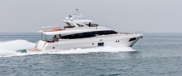 Majesty Yachts Majesty 90 Manufacturer Provided Image