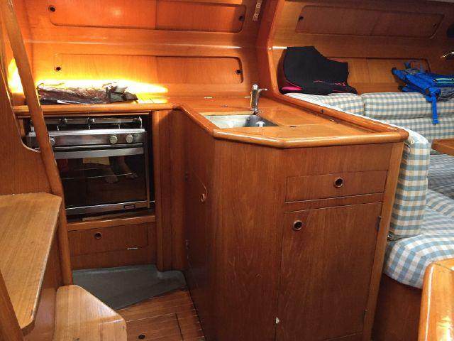 Grand Soleil 38 interior