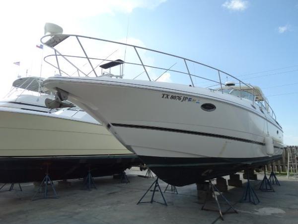 Cruisers 3870 Express