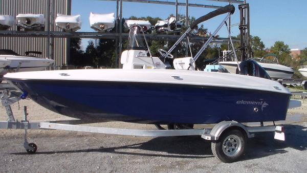 Bayliner Element F18