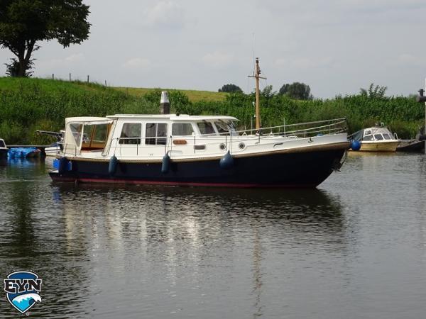 Smelne Wyboats Vlet 1050 OK Smelne Wyboats Vlet 1050 OK