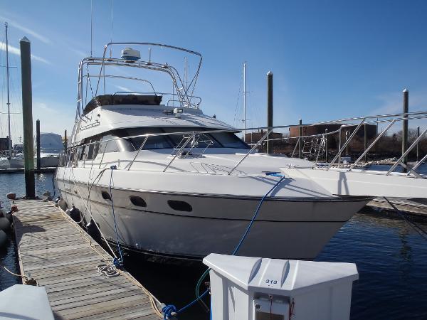 Silverton 37 M/Y Cruiser