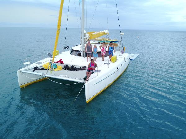 Fountaine Pajot Bahia 46 Toys & Crew