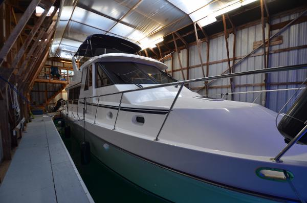 Canoe Cove Pilothouse Starboard Bow