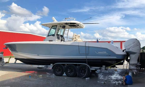 Boston Whaler 330 Outrage On trailer