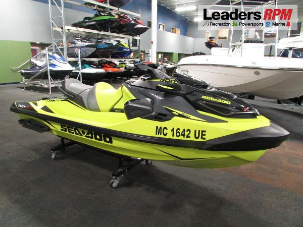 Sea-Doo RXT®-X® 300 IBR & Sound System
