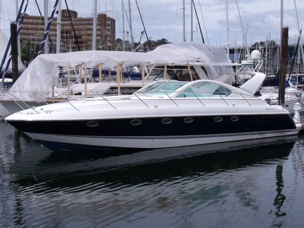 Fairline Targa 48 Photo 1