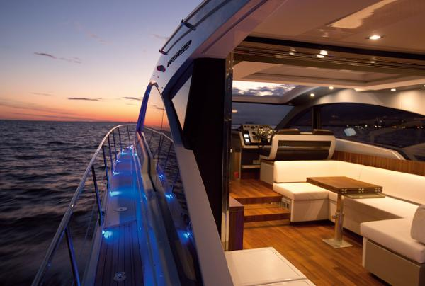 Fairline Targa 62 Gran Turismo Interior