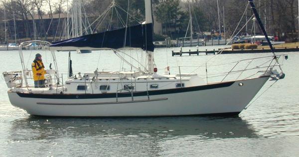 Pacific Seacraft - - Crealock design ANN WEST