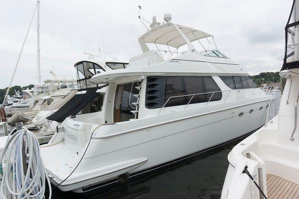 Carver 530 Voyager Pilothouse Starboard Profile