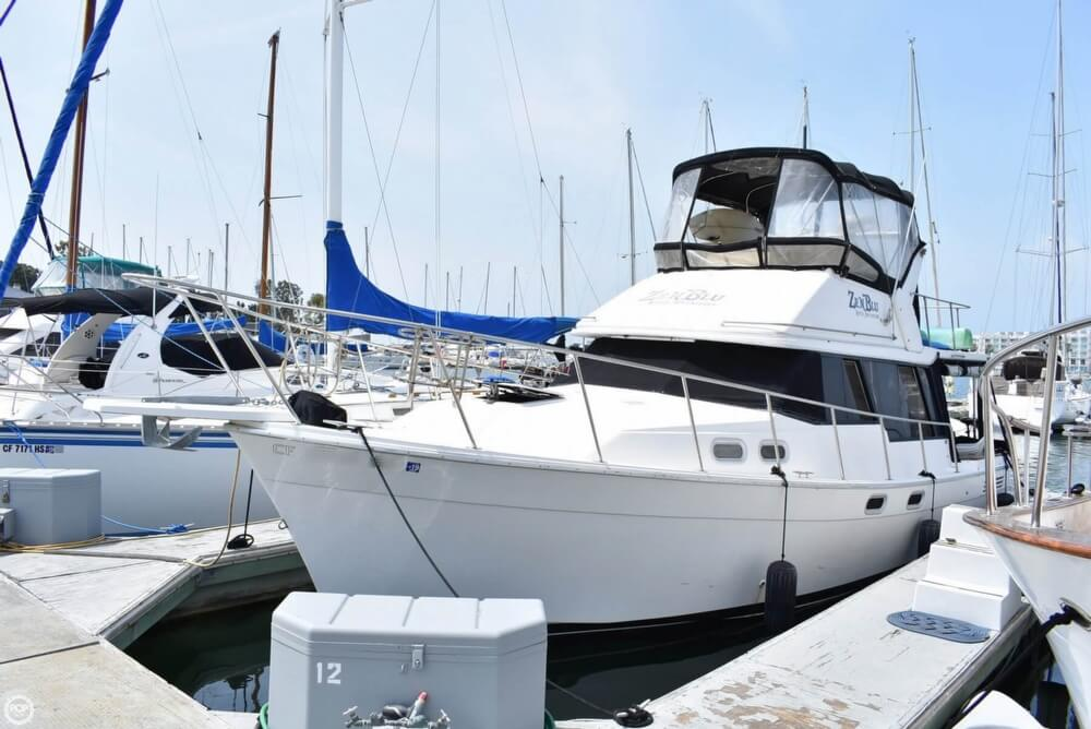 Bayliner 3288 Motoryacht 1991 Bayliner 3288 Motor Yacht for sale in Marina Del Rey, CA