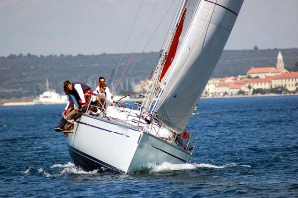 Bavaria 42 Match Photo 2