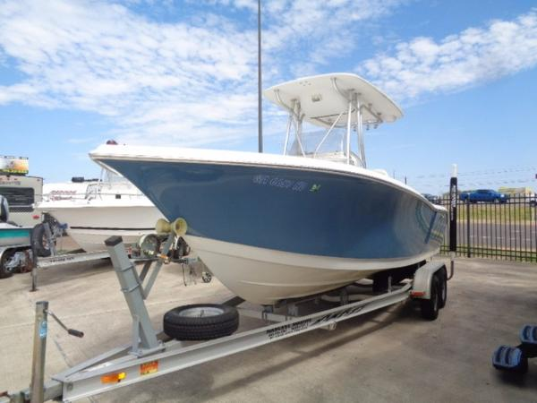 Tidewater Boats 216 Center Console
