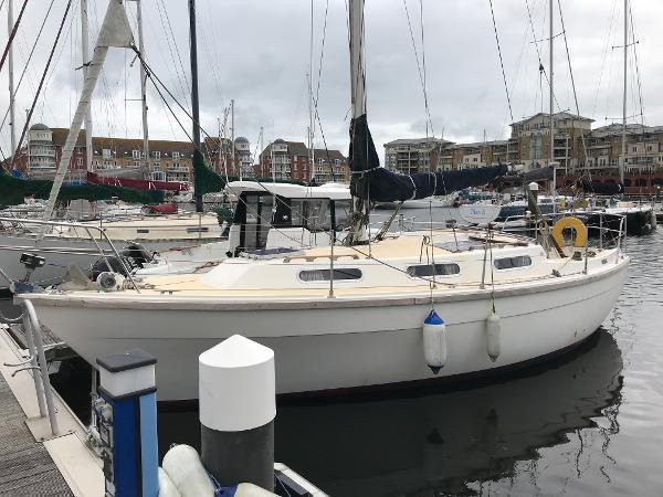 Colvic Countess 28 Port Side Profile