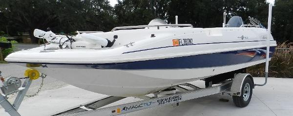 Hurricane 201 Sundeck