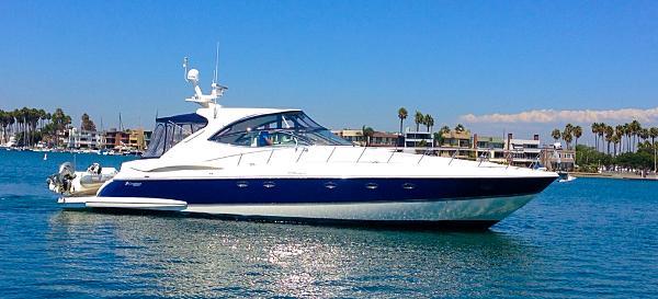 Cruisers Yachts 560 Express