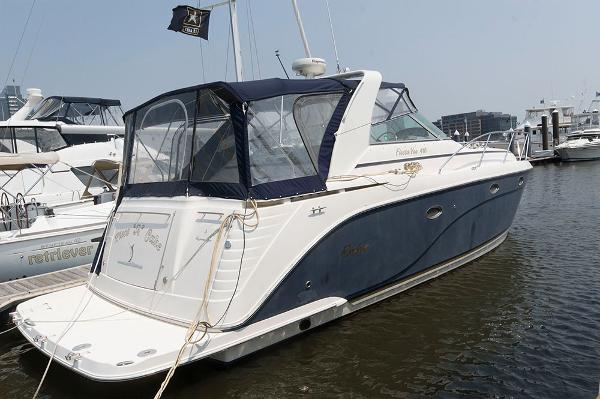 Rinker 410 Express Cruiser Profile