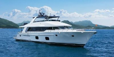 CL Yachts CLB88 CLB88 standing tall