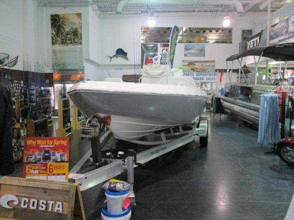 Skeeter SX 2250
