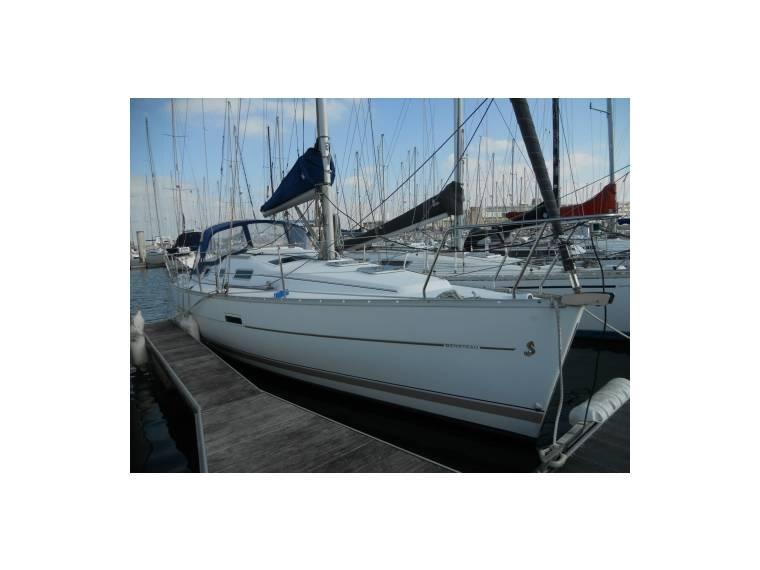 Beneteau BENETEAU OCEANIS 323 CLIPPER SV44072