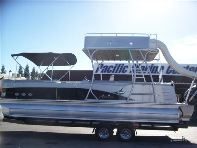 Avalon Deco Series Paradise Funship 27'