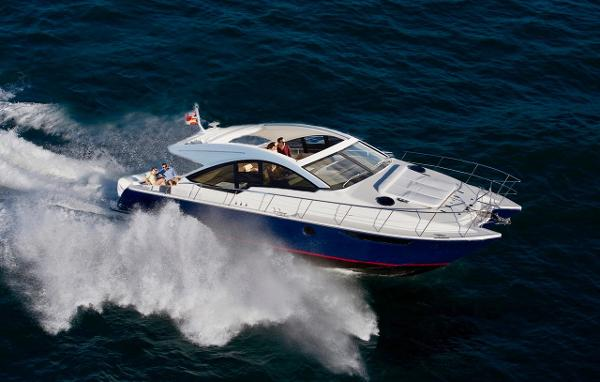 Mares 47 Outboard Express