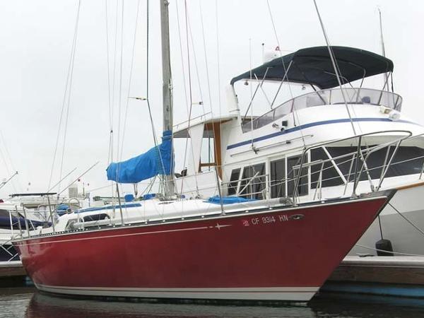 C&C 34 Dockside