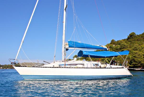 X-Yachts X–372 Image 1
