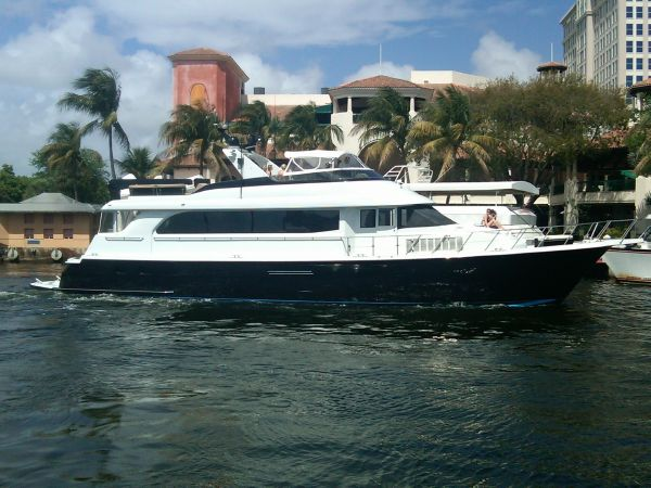 Hatteras 75 Beautiful Condition! CPMY   New River in Downtown Fort Lauderdale