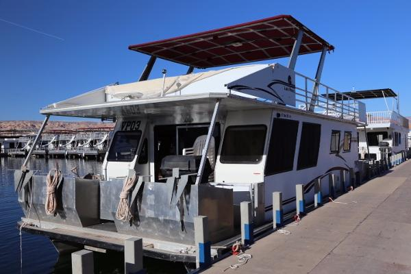 M Yacht Voyager XL Houseboat