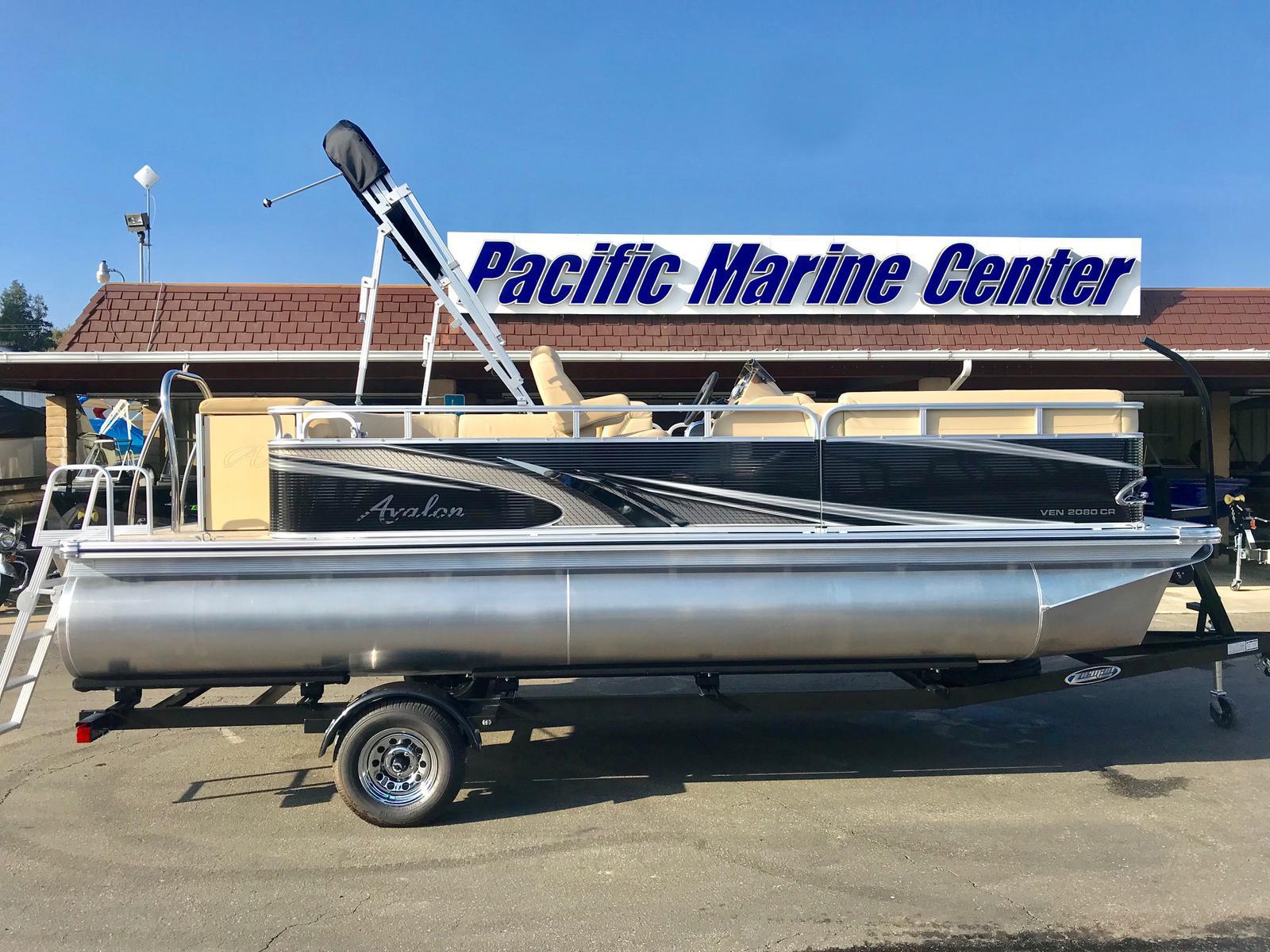 Avalon Venture Cruise 20' w/ mercury 60 hp