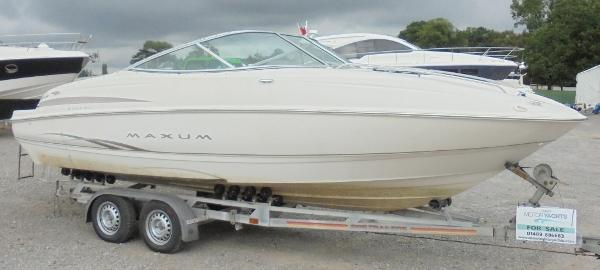Maxum 2100 SC Maxum 2100 SC - On the trailer 1