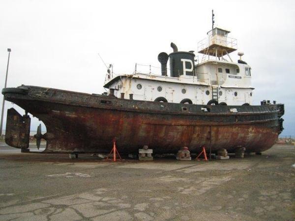 Platzer Tug Boat