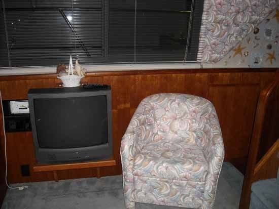 Chair & TV Port Side