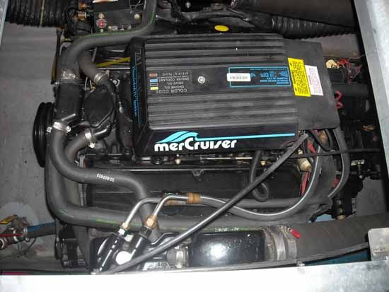 Starboard Mercruiser 7.4L Engine