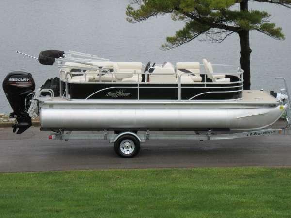 SunChaser Oasis Cruise 820