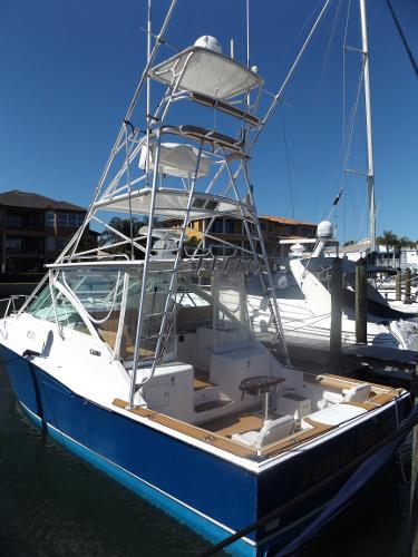 Cabo yachts 35 Express