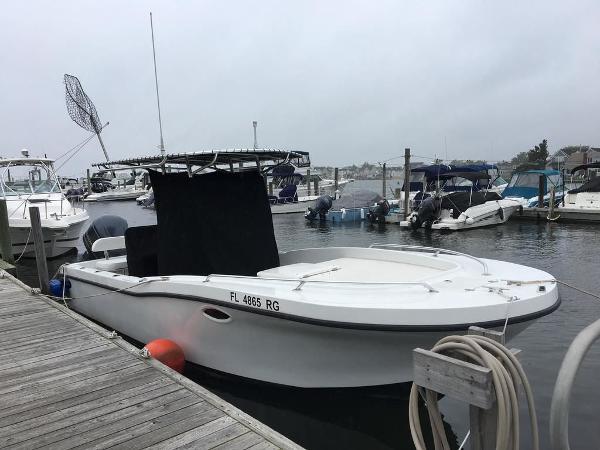 Dusky 252XF OPEN