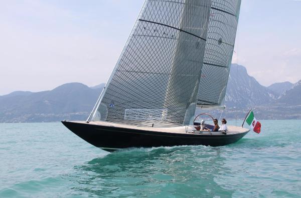 Leonardo Eagle 44