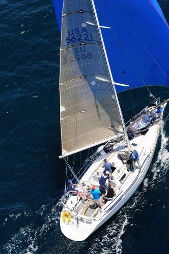 Custom Schumacher 38.5 Turbo spinnaker run