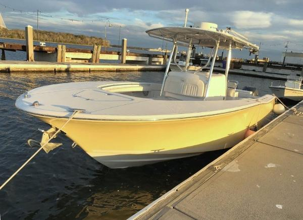 Southport 26 Center Console