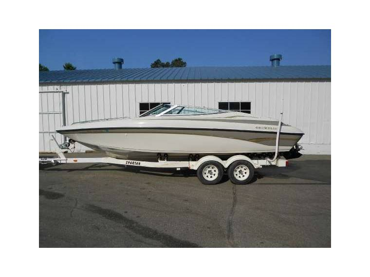 Crownline Boats & Yachts Crownline 225 br